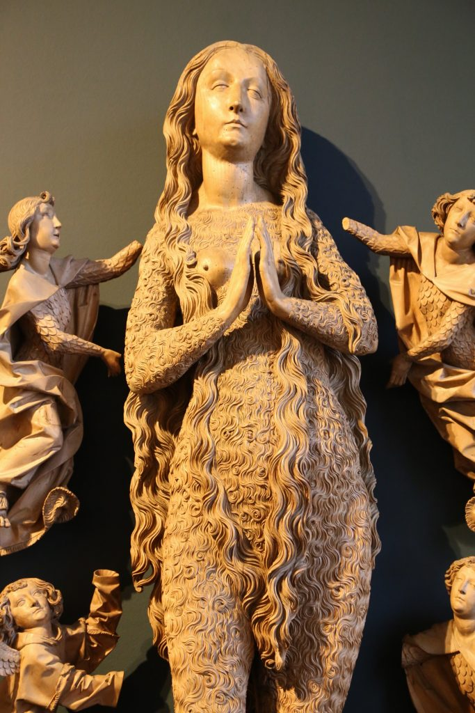 Tilman Riemen-Schneider, Ascension de Marie-Madeleine, 1490-1492, bois, Munich, Nationalmuseum.